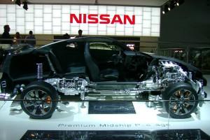 Motor-Show-031-NISSAN-HALF-